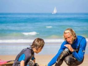 Surf lessons - Surf School - Surf Rentals at the beach of El Palmar